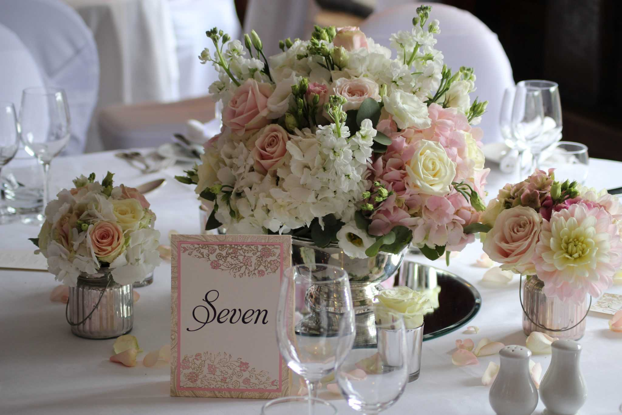 Great Fosters Florist Our Top Pick The Fine Flower Company