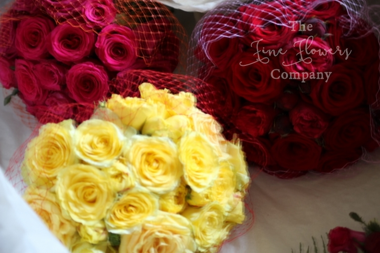 bright roses wedding bridal bouquets