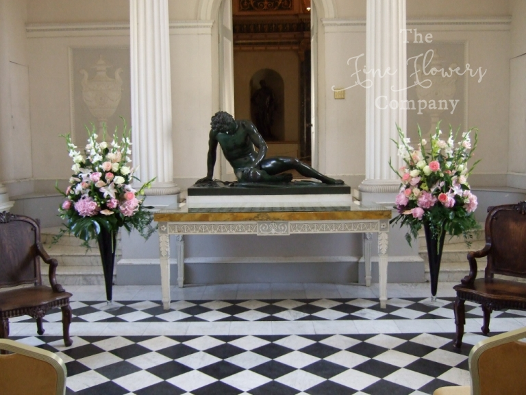 Syon Hose wedding flowers, ceremony flowers in the marble hall at syon house. Syon House wedding ceremony photo, syon House wedding florist.
