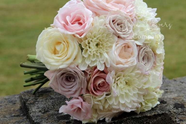 bridal handtied bouquet of nude mentha roses, O'Hara roses, Safi roses and dahlias, nude pink wedding flowers, Fetcham Park wedding bouquet