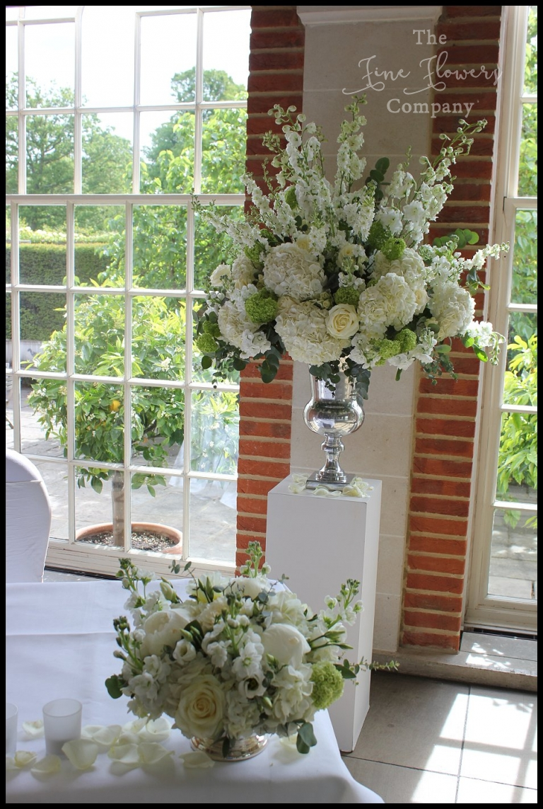 Classic White Amp Green Wedding Flowers At Great Fosters