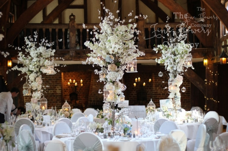 WEDDING FLOWERS IN SURREY BERKSHIRE LONDON