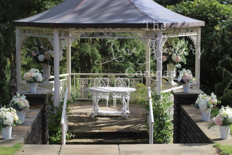 Pennyhill_park_surrey_wedding_venue_florist