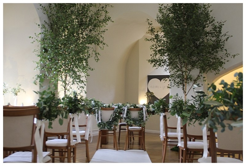 farnham castle wedding, botanical wedding flowers with silver birch trees, trees wedding, wedding florist at Farnham Castle.